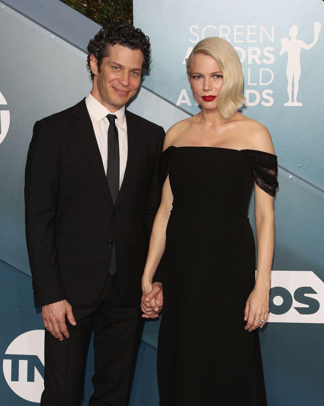 Michelle Williams (enceinte) et Thomas Kail à la 26e cérémonie annuelle des