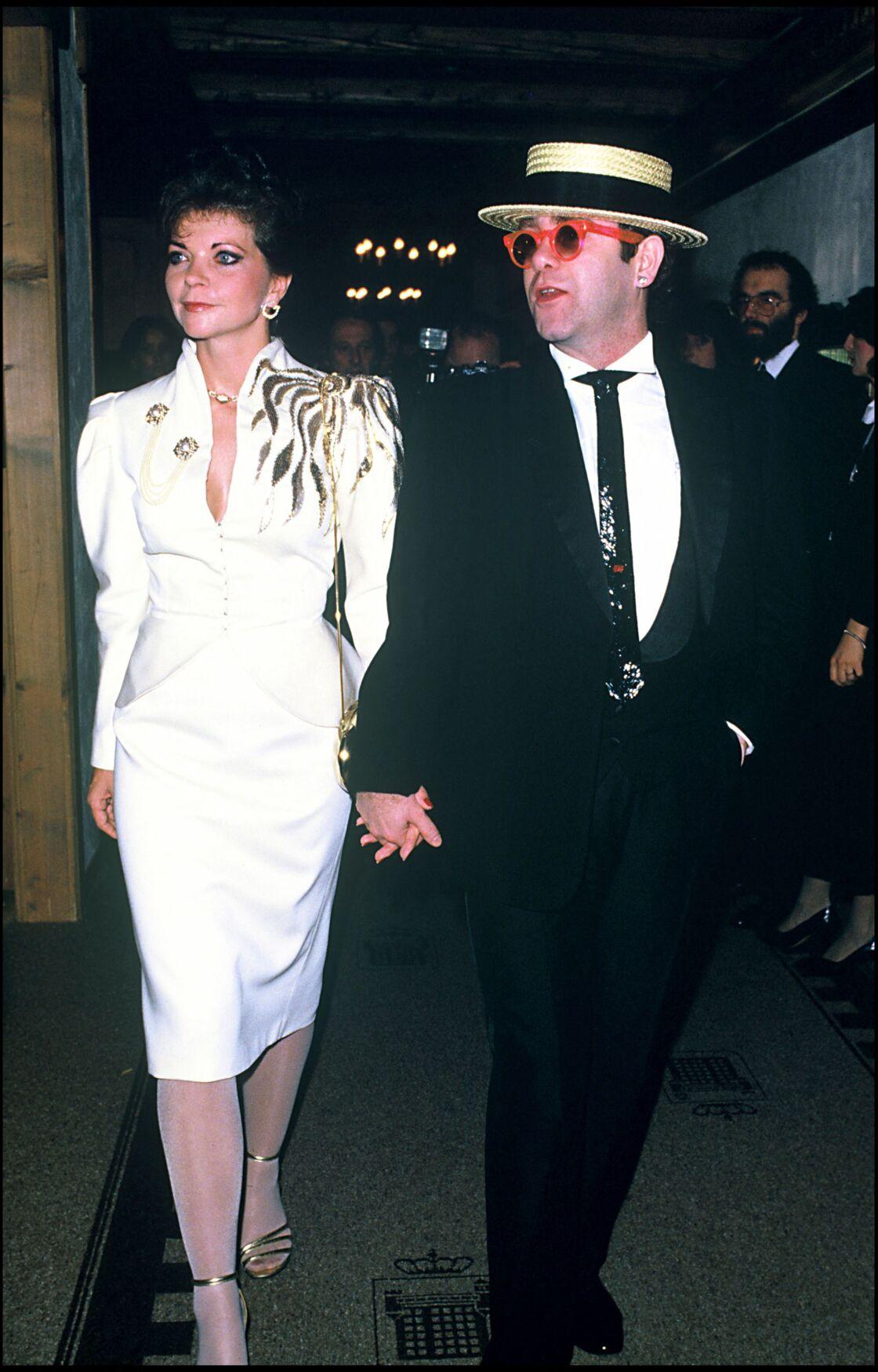 Renate Blauel et Elton John à Gstaad en Suisse, en 1979.