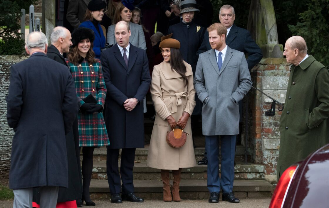 Les princesses Beatrice et Eugenie d'York, la princesse Anne, le prince William, Catherine Kate Middleton la duchesse de Cambridge enceinte, Meghan Markle et son fiancé le prince Harry, le prince Philip, duc d'Edimbourg - La famille royale d'Angleterre arrive à la messe de Noël à l'église Sainte-Marie-Madeleine à Sandringham, le 25 décembre 2017.