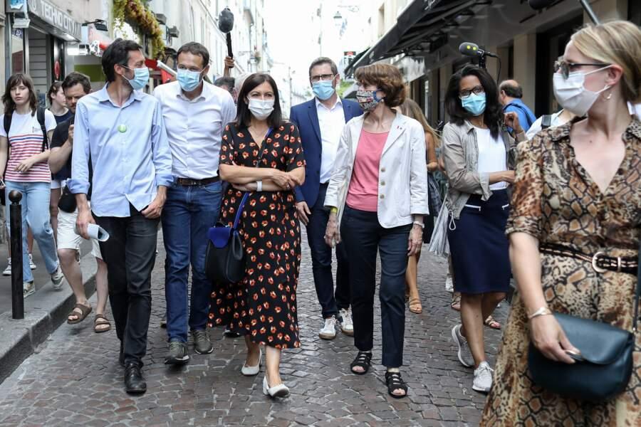 Audrey Pulvar a accompagné Anne Hidalgo pendant sa campagne pour la mairie de Paris. Ici, le 25 juin dernier, dans les rues du 5e arrondissement.