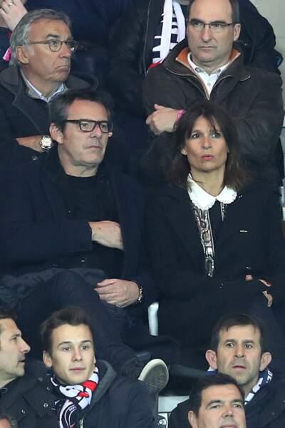 Jean-Luc Reichmann et Nathalie Lecoultre assistent à un match de ligue 1