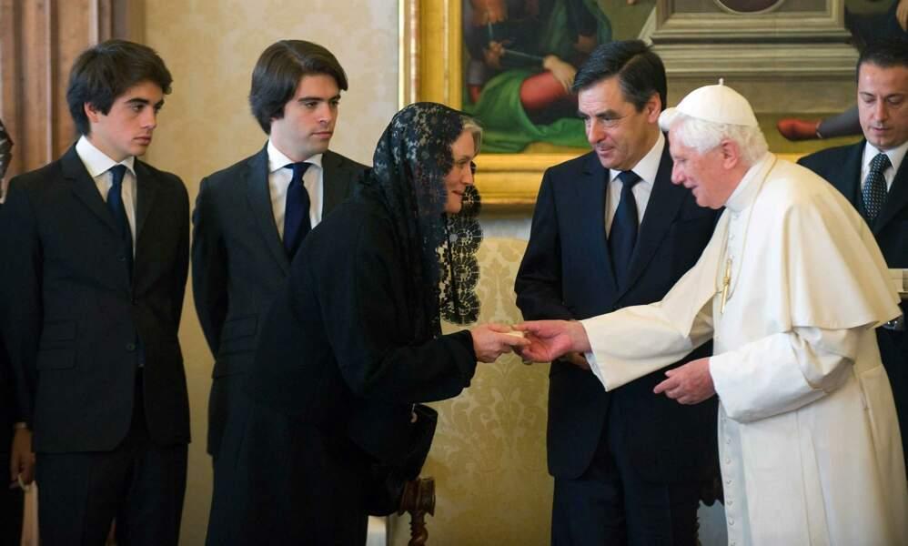 François, Penelope et leurs enfants Antoine et Edouard en visite au Vatican, le 10 octobre 2009