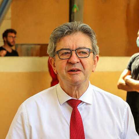 """Pourquoi Jean-Luc Mélenchon est visé par une enquête pour """"abus de confiance"""""""