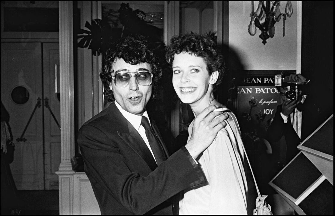 Ian McShane et Sylvia Kristel au festival de Cannes en 1977.