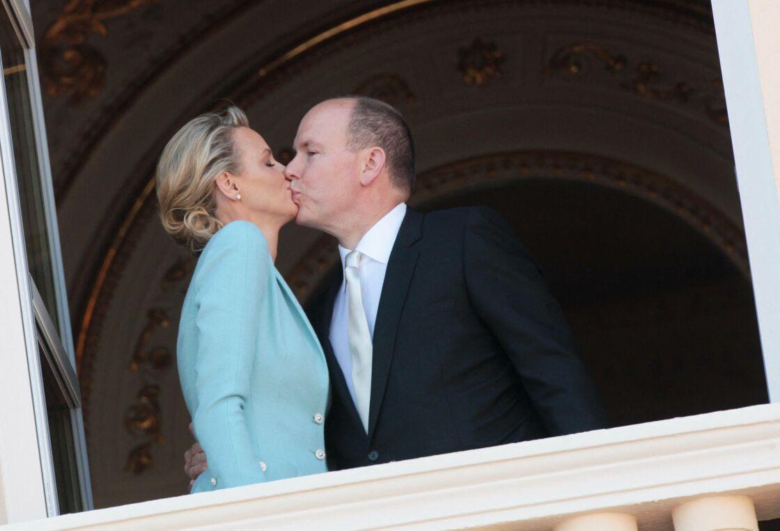 Charlène et Albert de Monaco lors de leur mariage en 2011