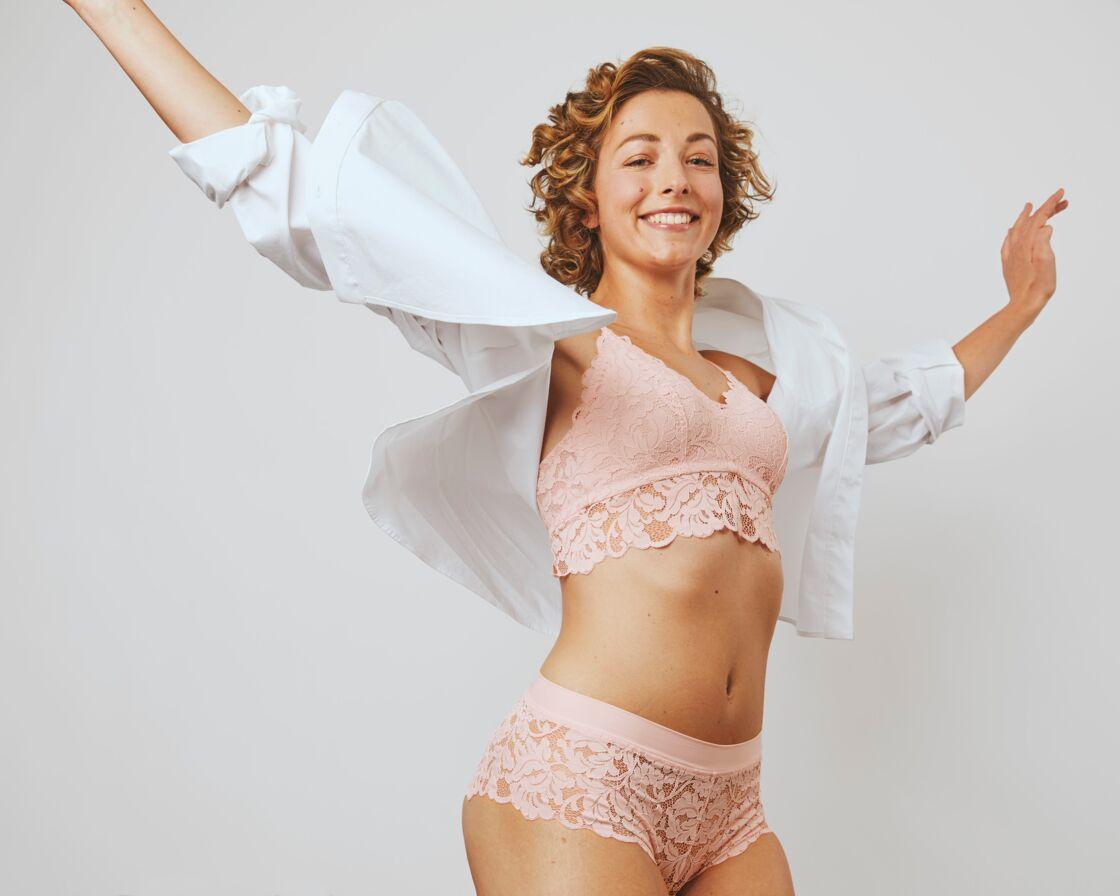 La collection YES! d'Etam redonne le sourire aux femmes ayant subi une mastectomie.