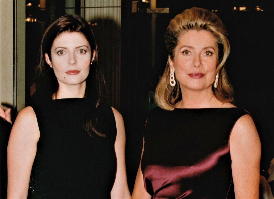 Chiara Mastroianni et Catherine Deneuve en 1998.