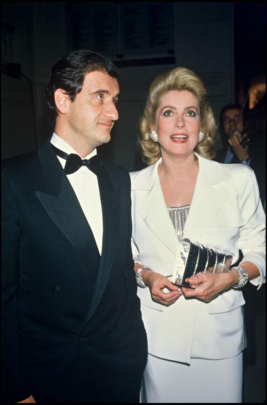 Pierre Lescure et Catherine Deneuve, en 1985.