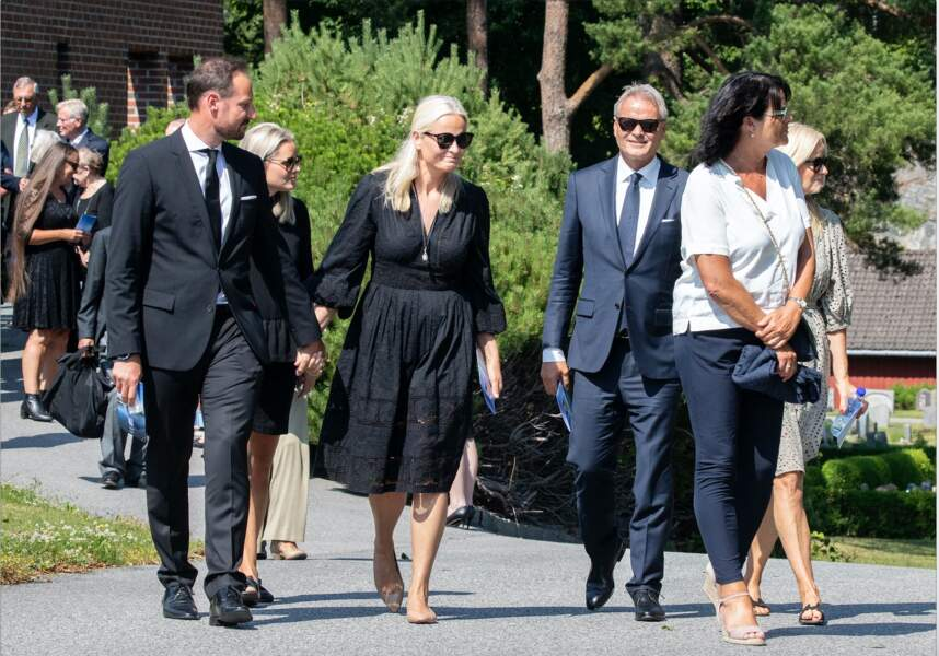 Le clan familial était présent pour soutenir Mette-Marit de Norvège.