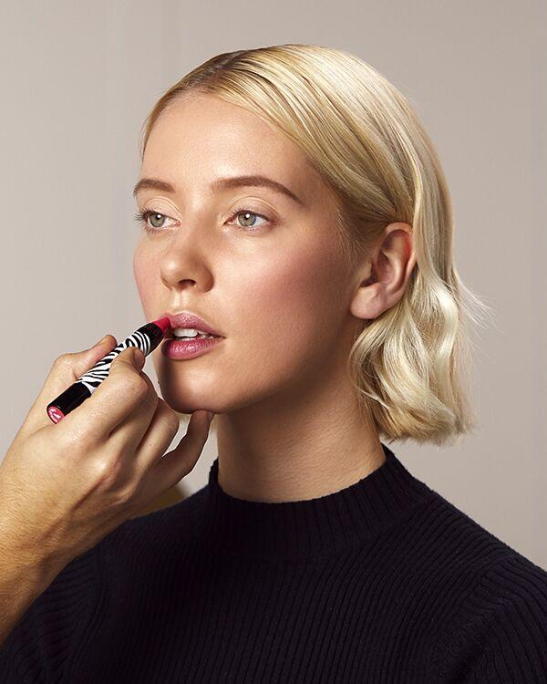 Une bouche gourmande et joliment colorée avec le Phyto-Lip Twist de Sisley