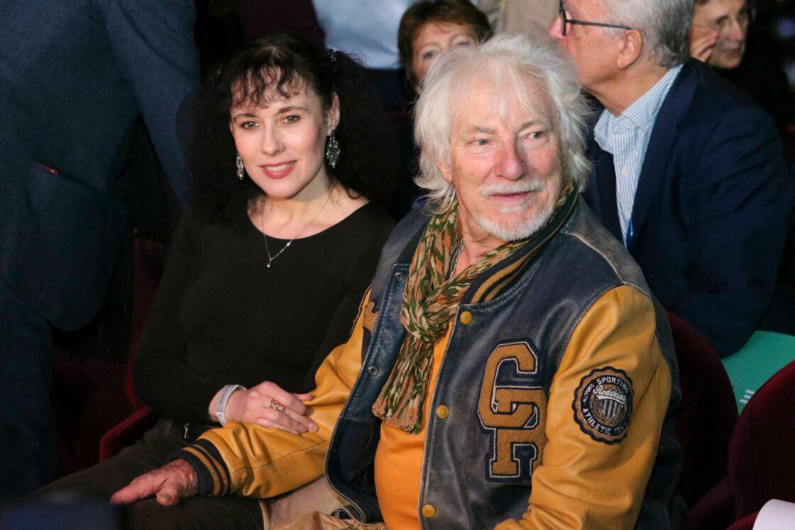 Hugues Aufray et sa jeune compagne Muriel vivent un amour sans accrocs depuis 2005