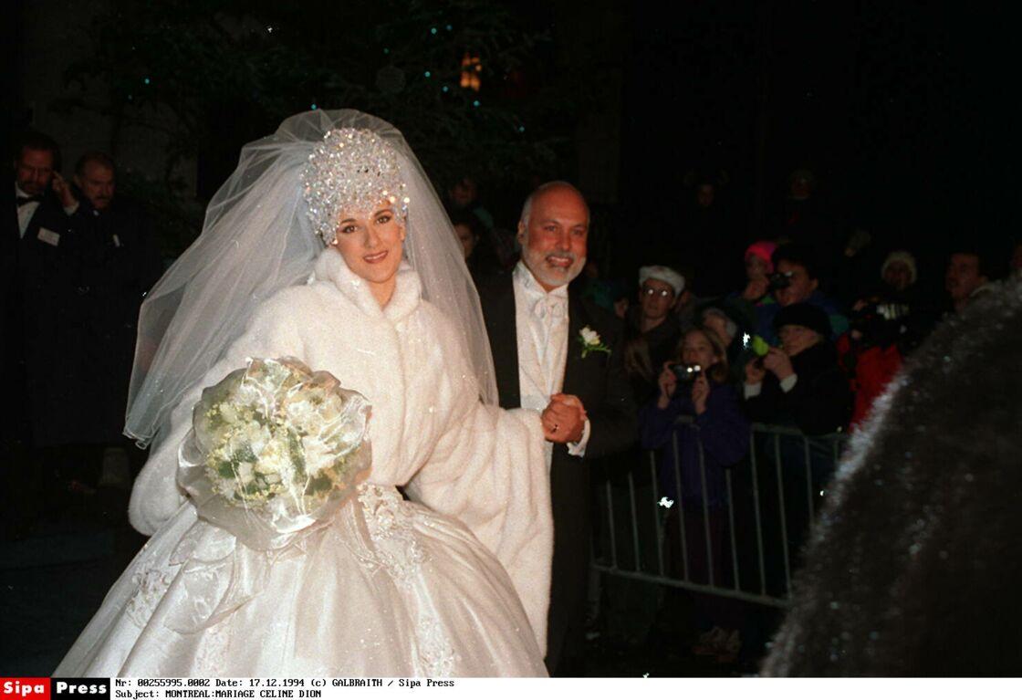 Céline et René, le 17 décembre 1994... six ans après leur premier baiser et enfin mariés en la basilique Notre-Dame de Montréal.