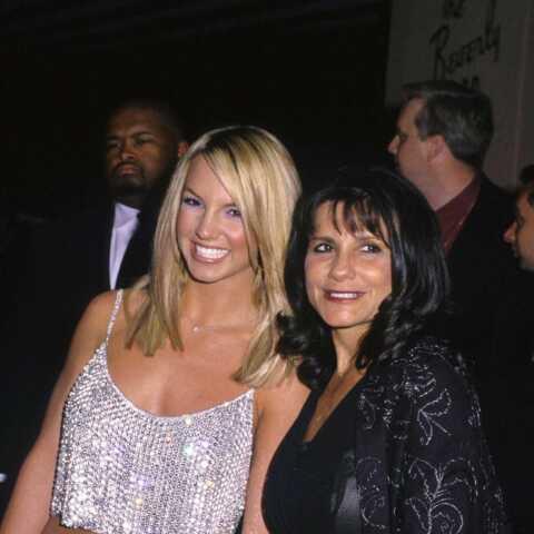 La mère de Britney Spears veut savoir où en sont ses finances