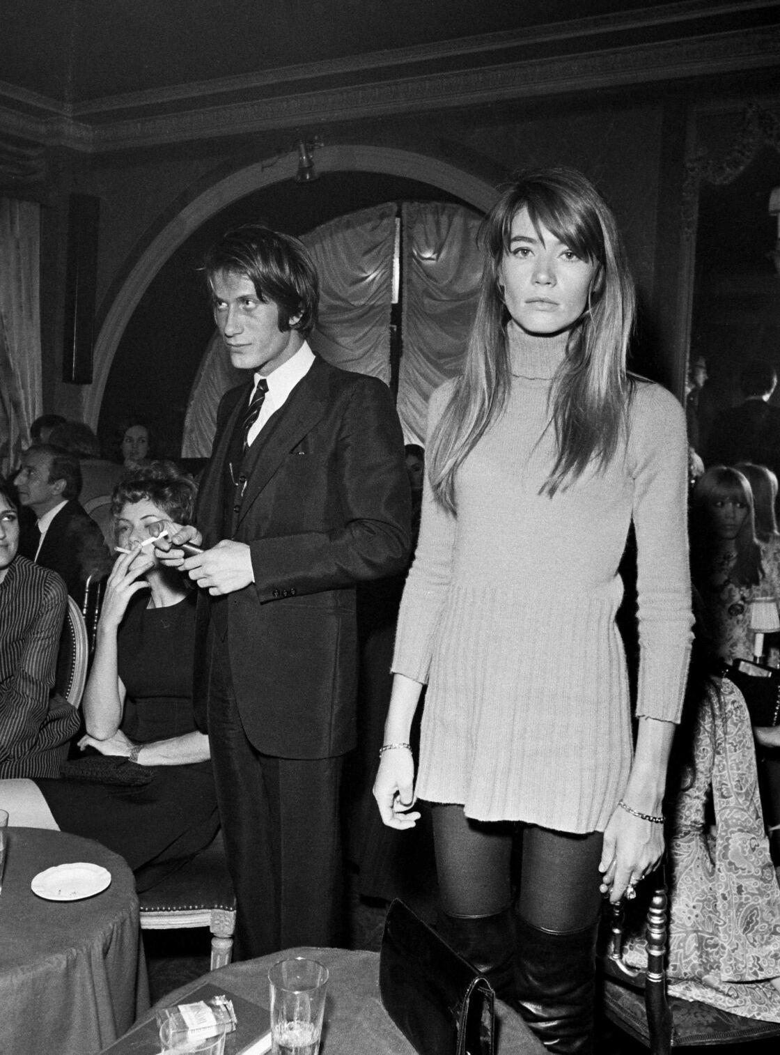 Dans les années 1970, Jacques Dutronc est en couple avec Françoise Hardy. Lors du tournage de