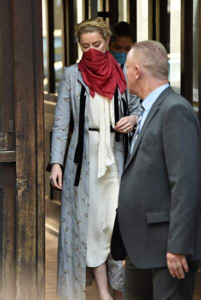 Amber Heard, à la cour royale de justice à Londres, pour le procès en diffamation contre le magazine The Sun Newspaper, le 21 juillet 2020.