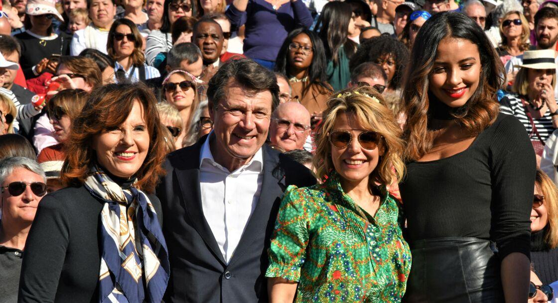 Denise Fabre, Christian Estrosi, sa femme Laura Tenoudji Estrosi et Flora Coquerel, au carnaval de Nice, le 15 février 2020.