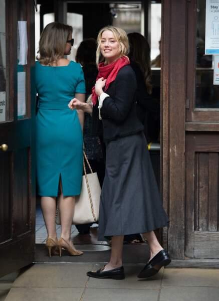 Amber Heard arrive à la Royal Courts of Justice à Londres, le 17 juillet 2020.