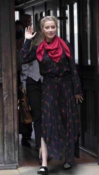 Amber Heard à son arrivée à la cour royale de justice à Londres, pour le procès en diffamation contre le magazine The Sun, le 15 juillet 2020.