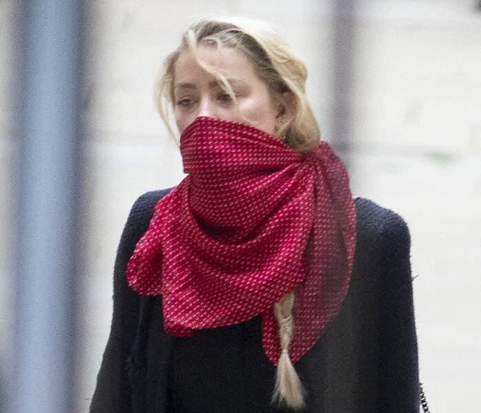 Amber Heard à son arrivée à la cour royale de justice à Londres, pour le procès en diffamation contre le magazine The Sun, le 13 juillet 2020.