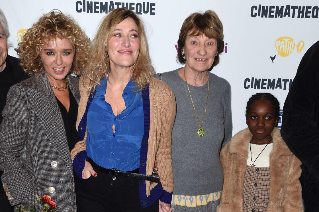 Valéria Golino, Valéria Bruni-Tedeschi avec sa fille Céline et sa mère et Marisa Borini à l'avant première du film