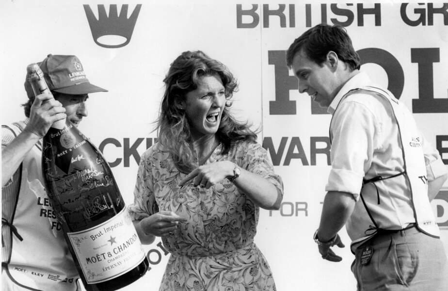 Le prince Andrew et Sarah Ferguson en juin 1986, un mois avant leur mariage.