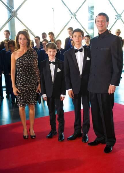 La princesse Marie, le prince Joachim, avec Nikolai et Felix, pour les 80 ans du prince Henrik de Danemark, le 1er juin 2014.