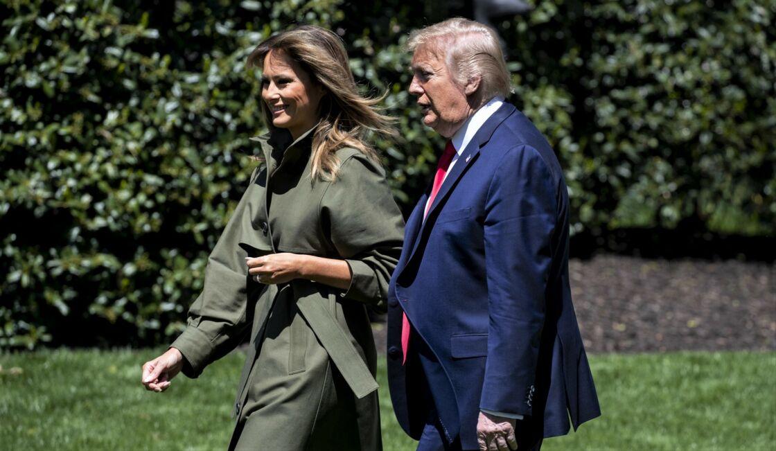 Melania et Donald Trump dans les jardins de la Maison Blanche, à Washington, le 22 avril 2020.