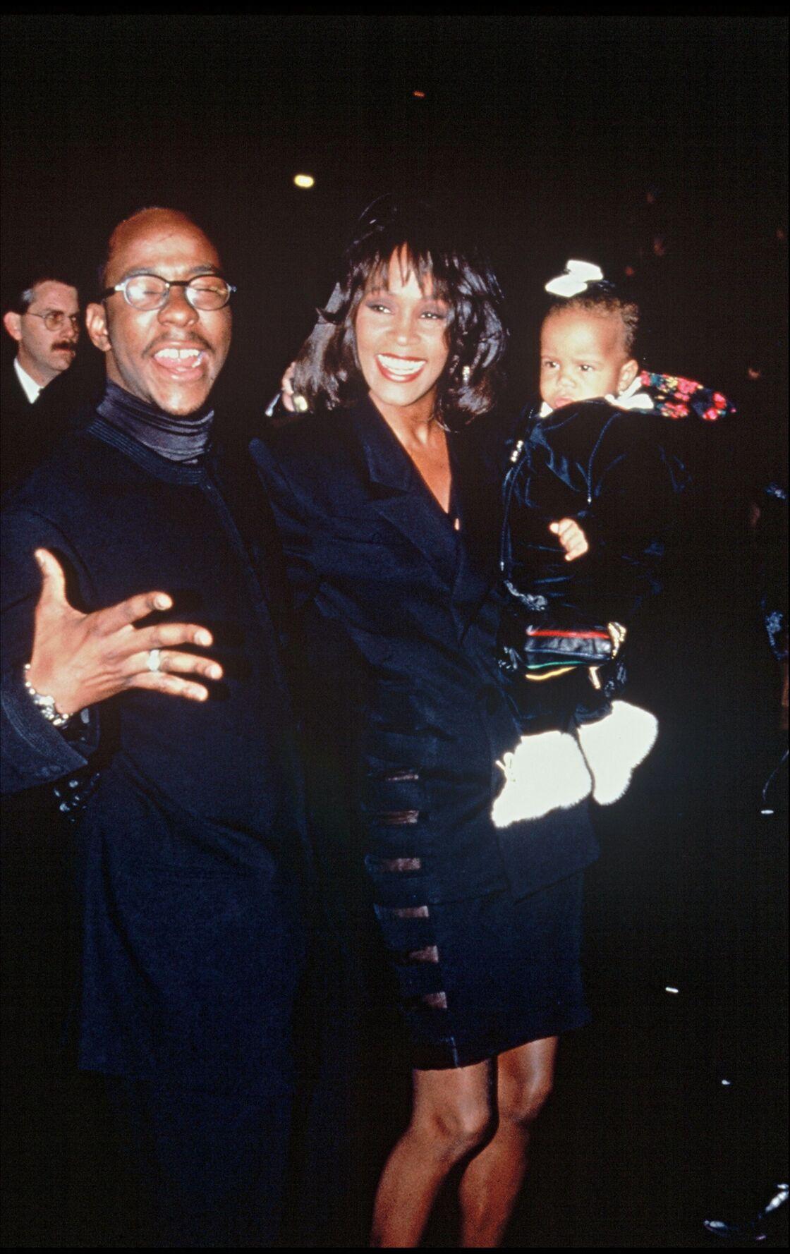 Le 4 mars 1993, Whitney et Bobby donnent naissance à une petite fille, Bobbi Kristina, premier témoin de leur autodestruction