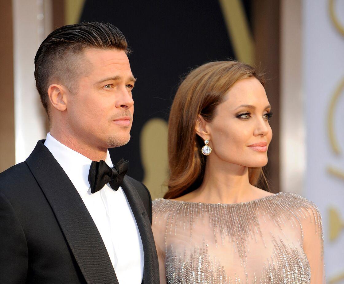Jusqu'à leur séparation en 2016, Brad Pitt et Angelina Jolie, ici aux Oscars en 2004, incarneront le couple le plus puissant d'Hollywood.