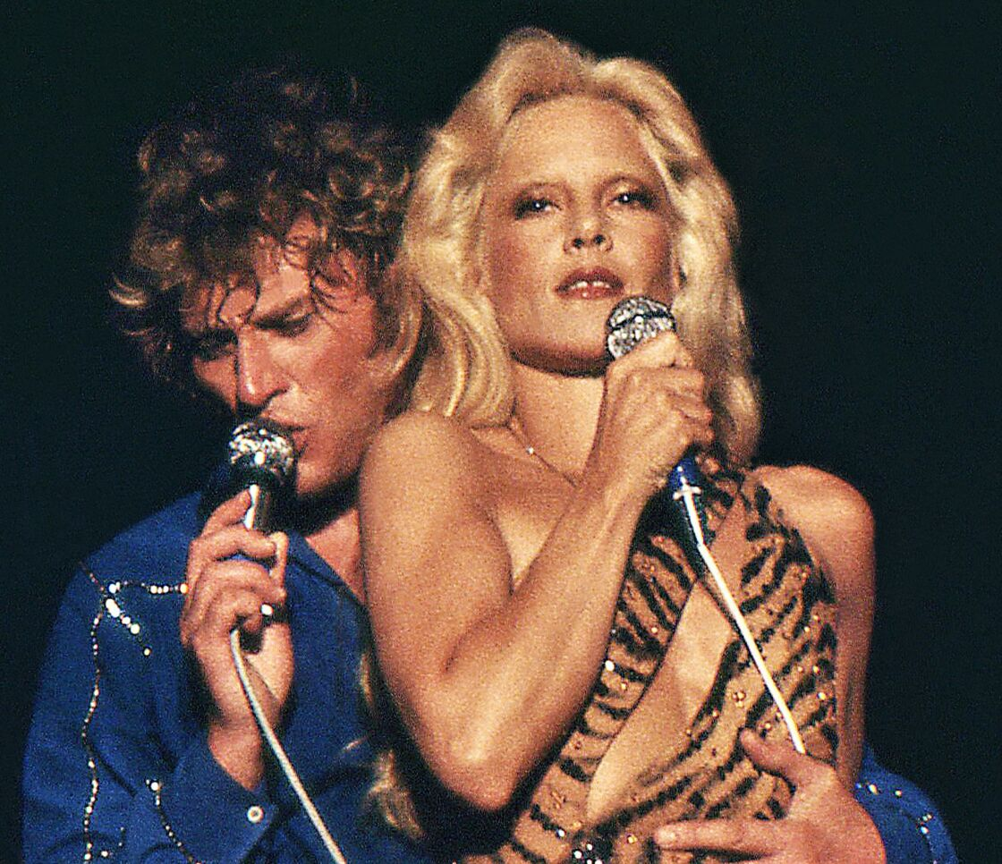 Johnny Hallyday et Sylvie Vartan aux arènes de Béziers, en 1973.