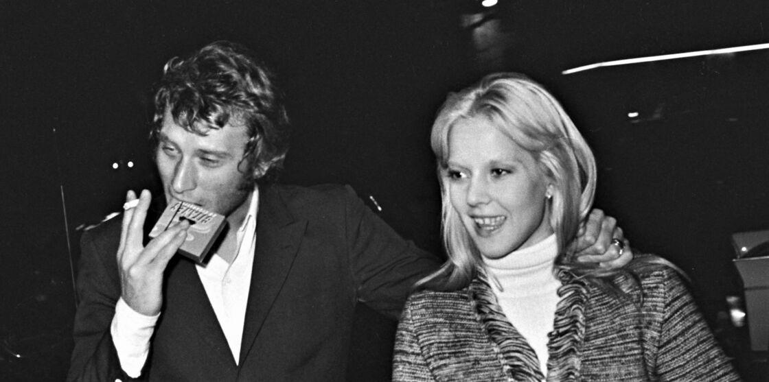 Johnny Hallyday et Sylvie Vartan, à Paris, dans les années 1960.