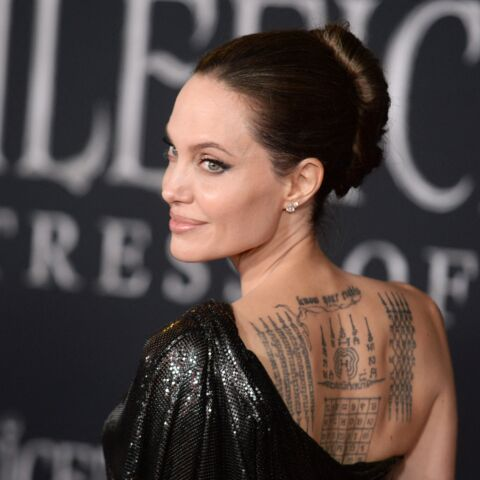PHOTOS – Rihanna, Catherine Deneuve, Angelina Jolie… les tatouages les plus coquins du showbiz