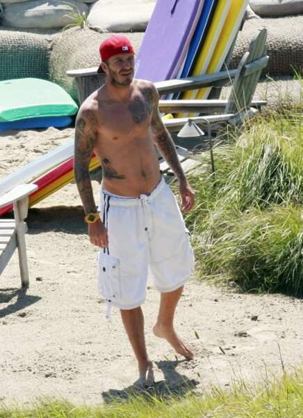 Son mari, David Beckham n'est pas en reste. Ses nombreux tatouages et notamment celui sur sa hanche représentant Jésus affole régulièrement la gente féminine.