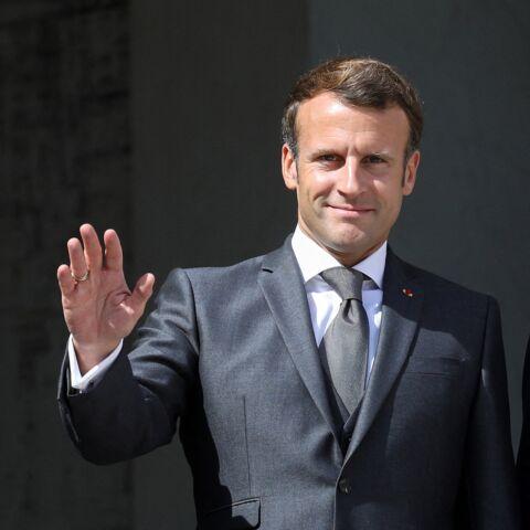 Emmanuel Macron, un «très bel homme»: le président s'offre un bain de foule