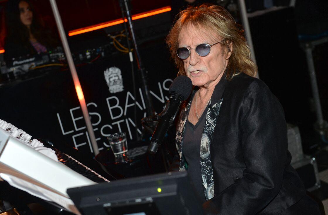 Romain Vidal est le fruit de la courte relation de Christophe et Michèle Torr. À 53 ans, il est producteur de spectacles