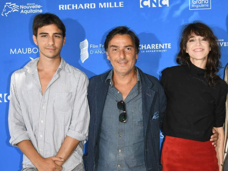 Ben Attal avec ses parents Yvan Attal et Charlotte Gainsbourg