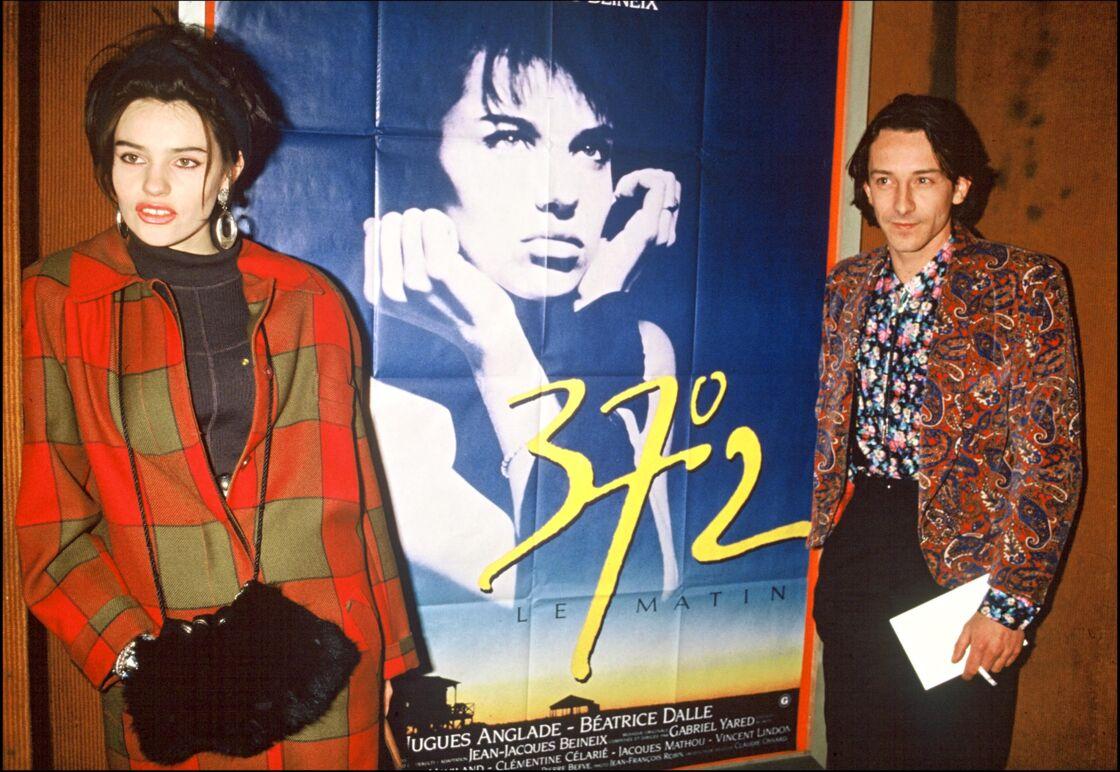 Béatrice Dalle et Jean-Hugues Anglade, lors de la présentation de 37°2 le matin, en 1986.