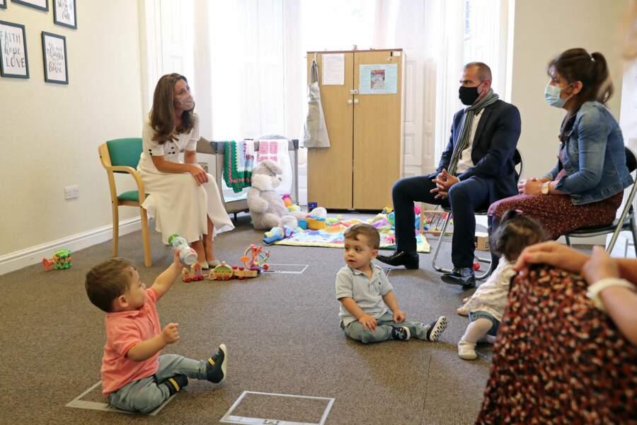 Kate Middleton à la baby bank de Sheffield, ce mardi 4 août