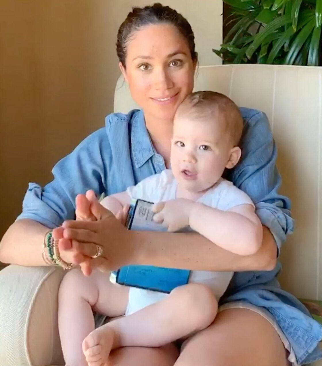 Meghan Markle et son fils Archie dans une vidéo filmée pour l'ONG