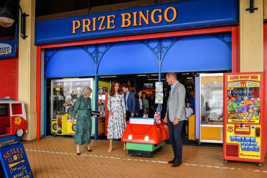 Quand Kate et William se trouvent devant un magasin de jeux... ils craquent !