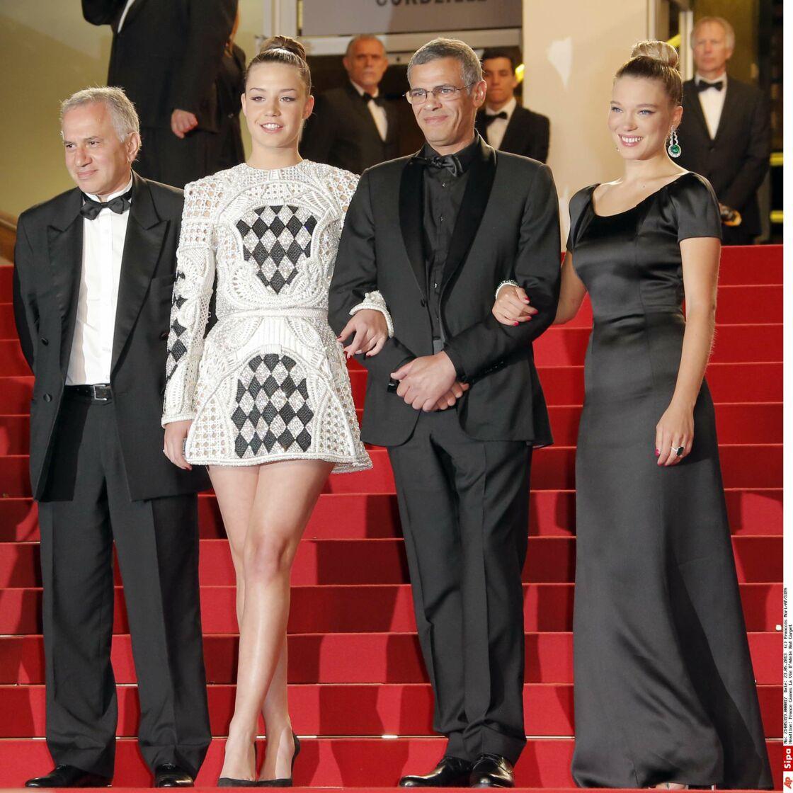 Après la sortie du film, Adèle Exarchopoulos et Léa Seydoux ont dénoncé les mauvaises conditions du tournage, rythmé par les crises de larmes et les coups de gueule. Alors, les sourires au moment du Festival de Cannes étaient-ils de façade ?