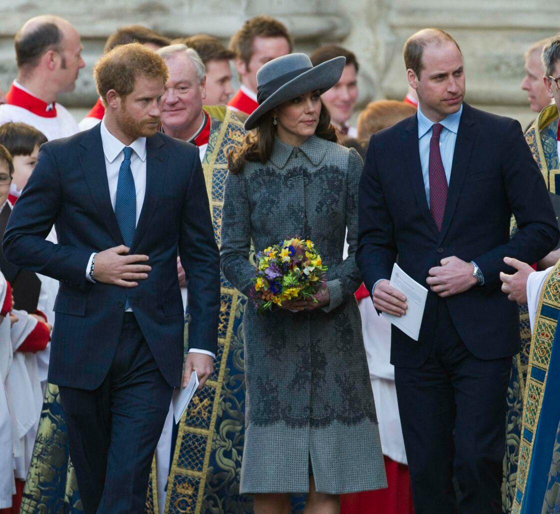Prêt à bannir son ami d'enfance de sa fête de mariage, le prince Harry a également mené une guerre froide à son frère, le prince William, qui avait aussi fait part de ses réserves au sujet de son mariage avec Meghan Markle