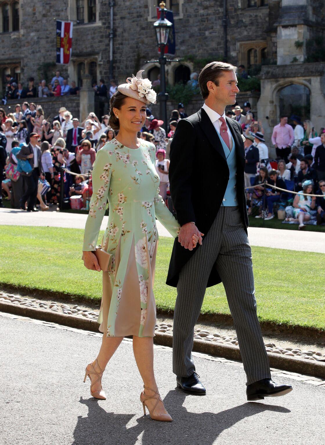 Pippa Middleton et James Matthews arrivent au mariage de Meghan Markle et du prince Harry, au château de Windsor le 19 mai 2018.