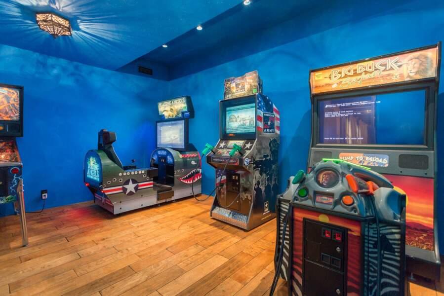 Dans la nouvelle demeure de Meghan Markle et du prince Harry, il y a également une salle de jeux. Pour le duc, pour ses amis, mais aussi pour Archie et ses copains quand il sera plus grand !