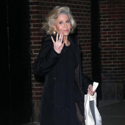 PHOTOS – Emmanuelle Béart, Jane Fonda… Ces stars qui ont succombé à la chirurgie et l'ont regretté!