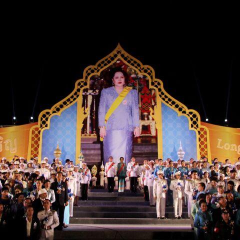 Roi de Thaïlande: qui est sa mère, la reine Sirikit, qui a fêté ses 88 ans?