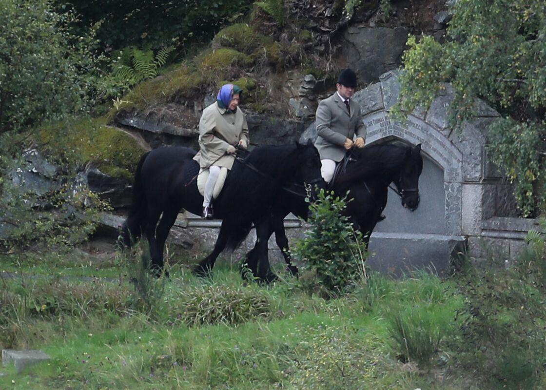 Elizabeth II à cheval à Balmoral
