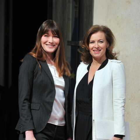 PHOTO – Carla Bruni encourage Valérie Trierweiler dans son nouveau défi!