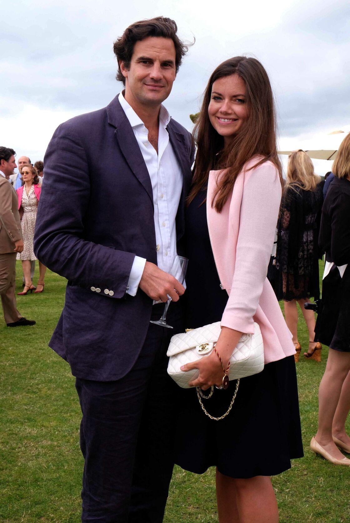 Natasha Rufus Isaacs et Rupert Finch, qui n'est autre que l'ex de Kate Middleton, sont des amis intimes des Cambridge