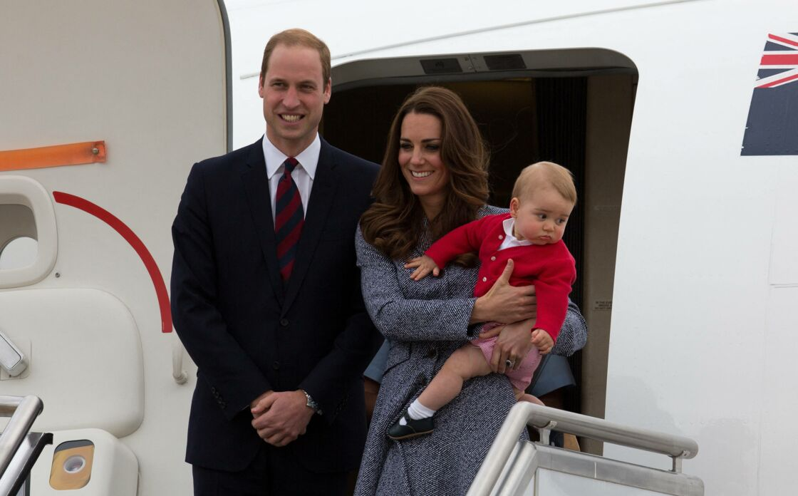 Le prince William, Kate Middleton et leur fils George, le 25 avril 2014